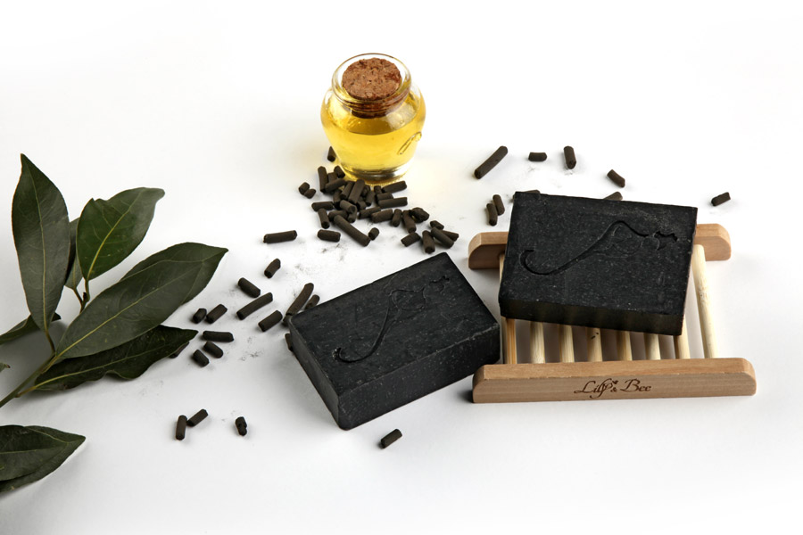 Natural Detoxifying Activated Charcoal Face & Body Soap